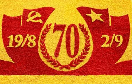 Chào mừng 70 năm ngày Quốc khánh nước Cộng hòa xã hội chủ nghĩa Việt Nam (2/ 9/1945 - 2/9/2015).